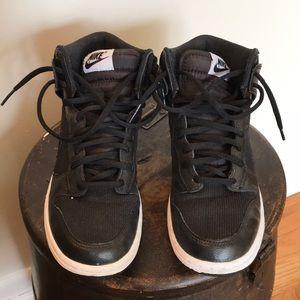Black Nike high tops Size 7.5